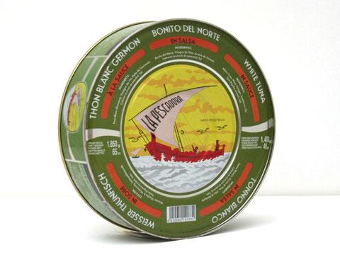 de Bonito del Norte, cuidadosamente seleccionados, cubiertos con salsa ...